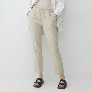 Reserved - Kalhoty joggers svysokým podílem lnu - Krémová