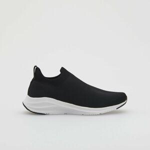 Reserved - Sportovní boty skontrastní podrážkou - Černý