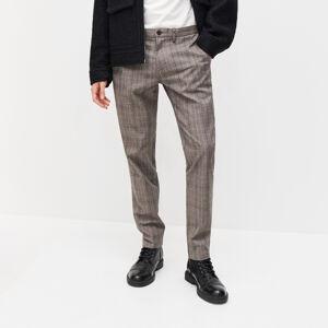 Reserved - Krátké kostkované kalhoty chino slim fit - Hnědá