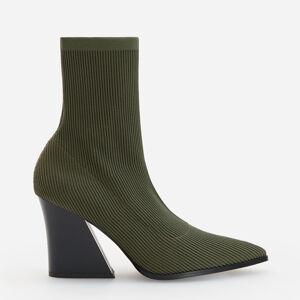 Reserved - Kotníkové boty s elastickým svrškem -
